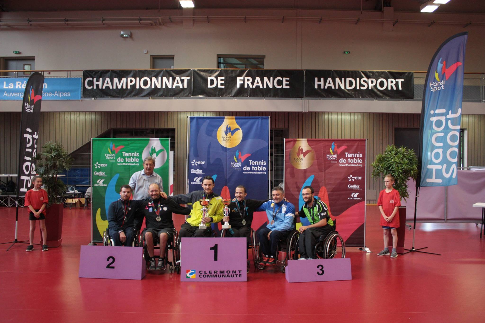 Podium du Tableau Double Assis | TTHandisport
